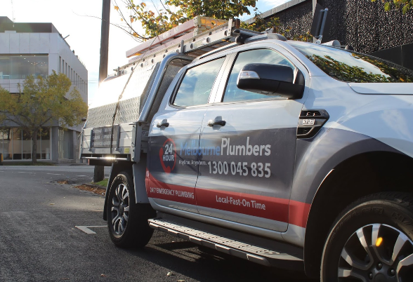 plumber cranbourne east service