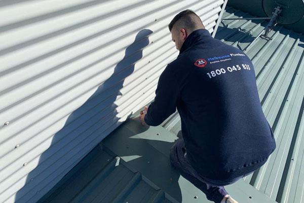 roof repairs caulfield